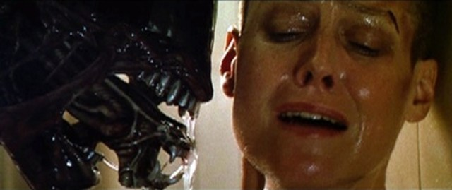 Alien Ripley face to face