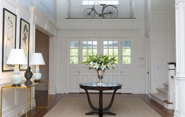 chic entry table
