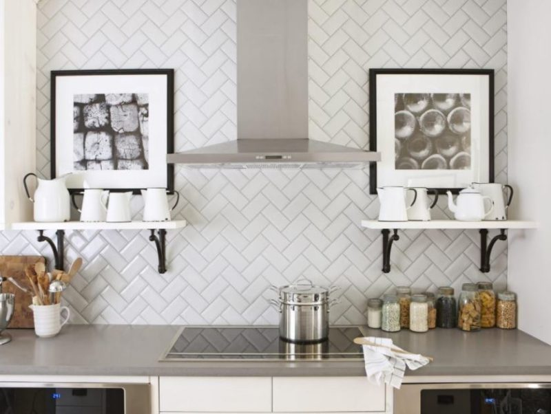 picture on backsplash ideas