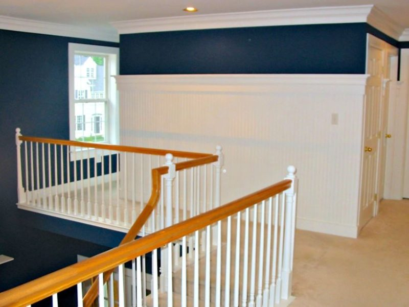 level panel wainscoting