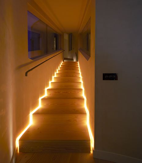 light fixtures for stairways