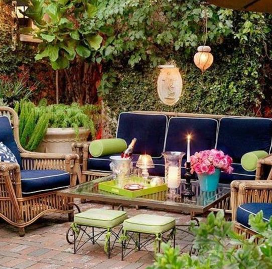 outdoor patio bench ideas