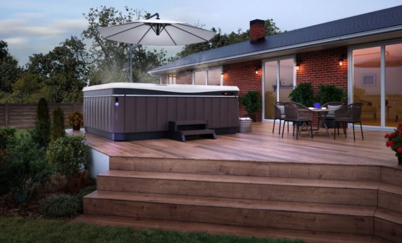 Hot Tub on an Elevated Deck