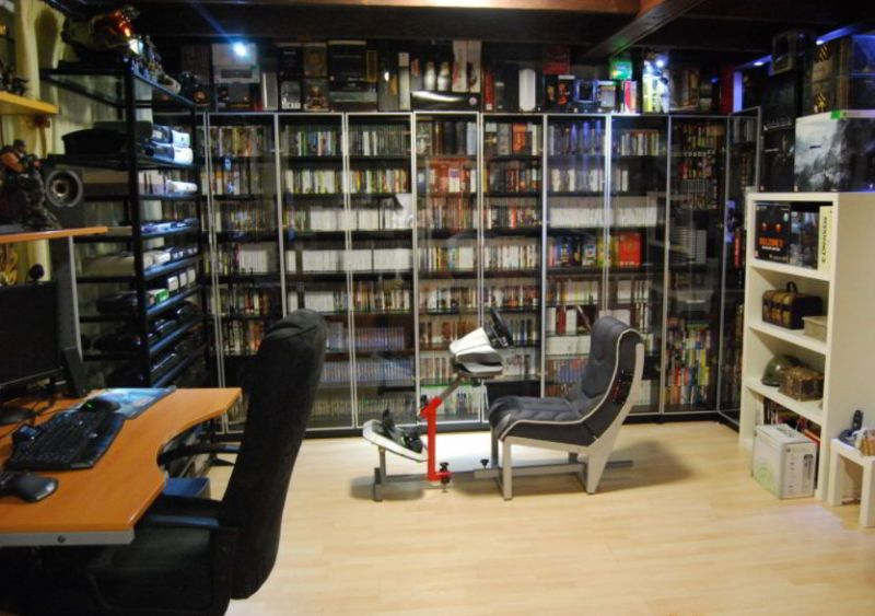 Video gaming room like library