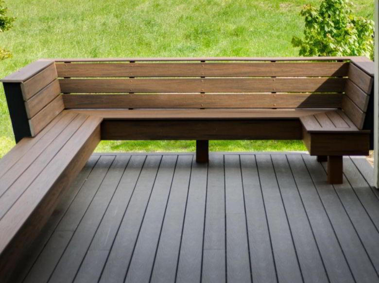 U-Shaped Deck Bench Design