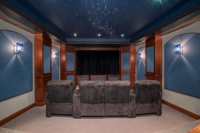 Tray Ceiling with Light Projector