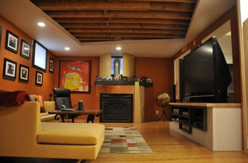 Tray Ceiling with Beams