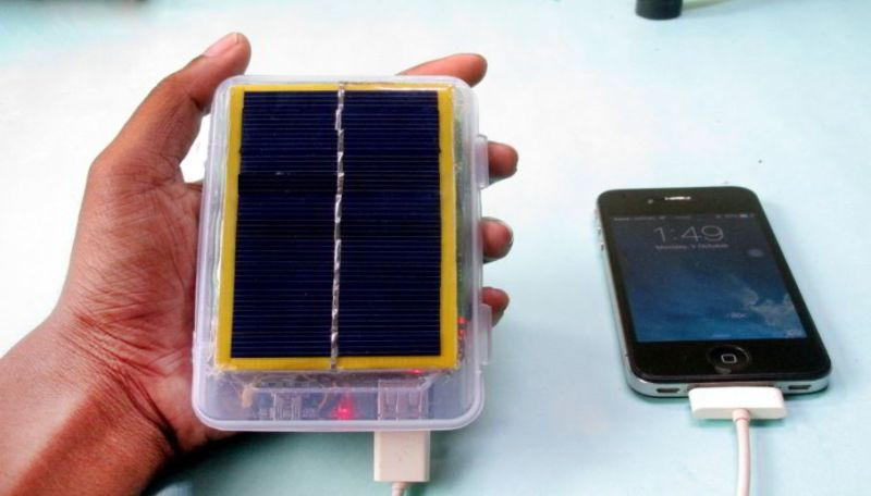 Solar Power Bank from a Laptop Battery