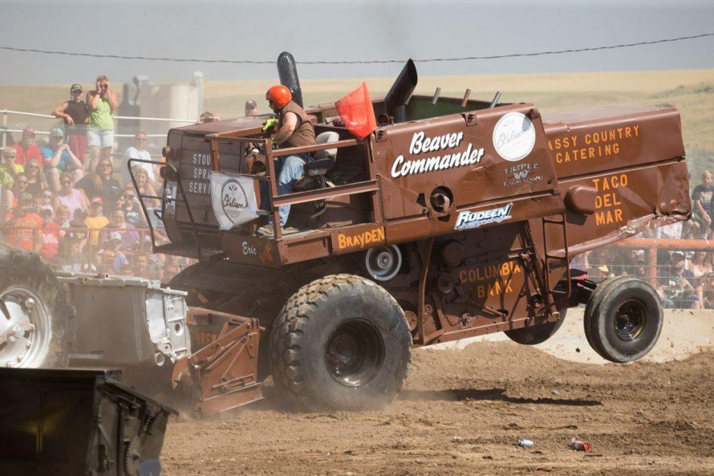 Lind Combine Demolition Derby_37