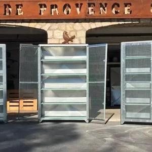 Armoires de protection pour cages