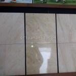 Pemasangan Keramik Diagonal Lebih Bagus tetapi Lebih Boros