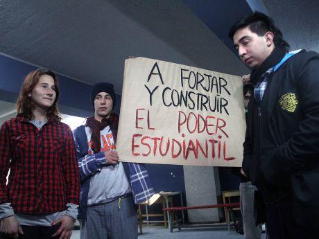 https://i2.wp.com/grm10img.emol.com/Fotos/2012/08/11/file_20120811212300.jpg