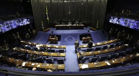 Senado faz última sessão de discussão da PEC da Previdência