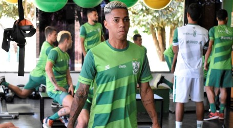 Coelho intensifica a preparação física para os próximos jogos