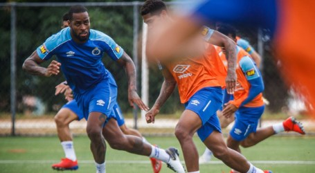 Dedé comemora a semana cheia para treinos no Cruzeiro
