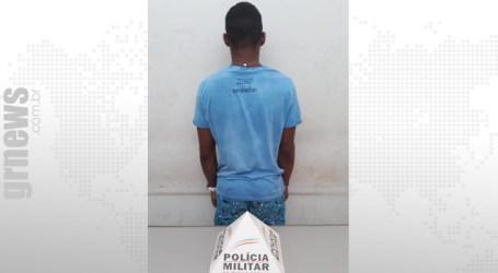 Suspeito de assaltar no São José é preso com moto usada no crime; comparsa está foragido