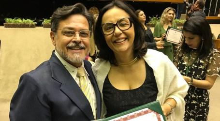 Professora indicada por Eduardo Barbosa é agraciada com o Prêmio Brasil Mais Inclusão