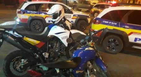 Casal é perseguido e detido com moto furtada no bairro Santos Dumont