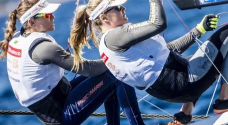 Martine Grael e Kahena Kunze avançam no Mundial de Vela