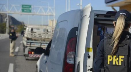 Motoristas devem ficar atentos para evitar riscos no trânsito durante carnaval