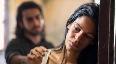 Violência doméstica continua aumentando durante pandemia e advogada pede que agressores sejam denunciados