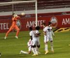 Sindicato de Atletas em alerta após surto de covid-19 no Flamengo