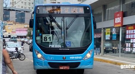 Paraminenses insatisfeitos com reajuste de passagem da Turi para R$ 3,50; prefeito autorizou o aumento