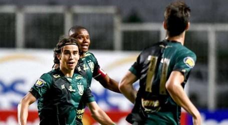 América vence e rebaixa o Coimbra no Mineiro