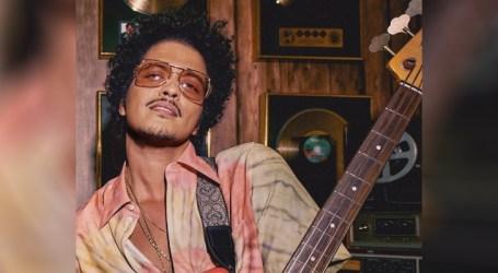 Bruno Mars faz história como o primeiro artista com cinco faixas certificadas Diamante pela RIAA