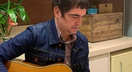 Samuel Rosa celebra 55 anos; veja quais são as músicas mais tocadas do cantor e compositor