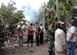 Diduga Lalai saat Memasak Air, Rumah Milik Nenek di Desa Kentengsari, Kedungjati Hangus Dilalap Api