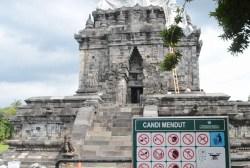 Tak Hanya di Candi Borobudur, Candi Mendut Juga Ditutup Terpaulin