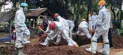 Hari Terberat Relawan Covid-19 DIY, Makamkan 100 Jenazah dalam 20 Jam