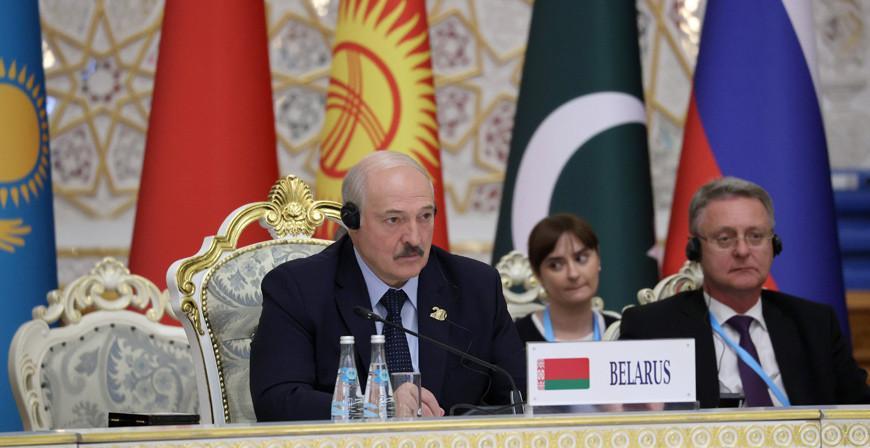 Восемь предложений Беларуси. О чем говорил Александр Лукашенко на саммите ШОС в Душанбе