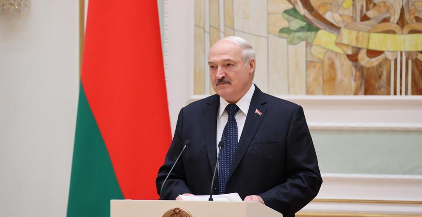 Начало новой традиции. Лукашенко в преддверии Дня народного единства вручил госнаграды