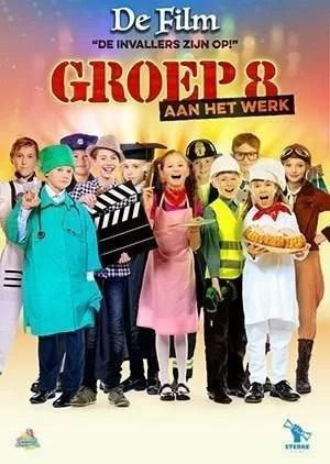 poster groep 8 aan het werk