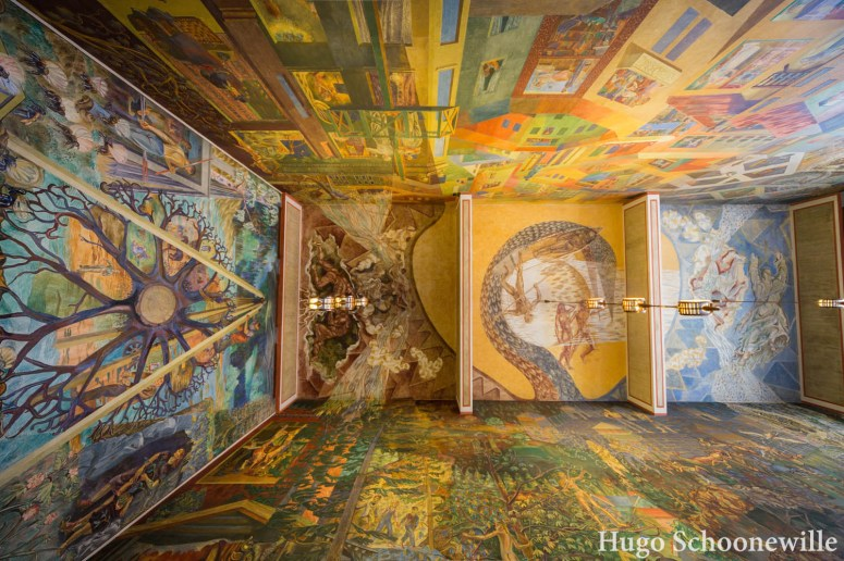 De muurschilderingen in het stadhuis/Radhus van Oslo.