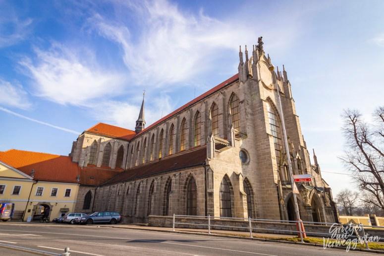 Buitenkant van de kathedraal Kutná Hora