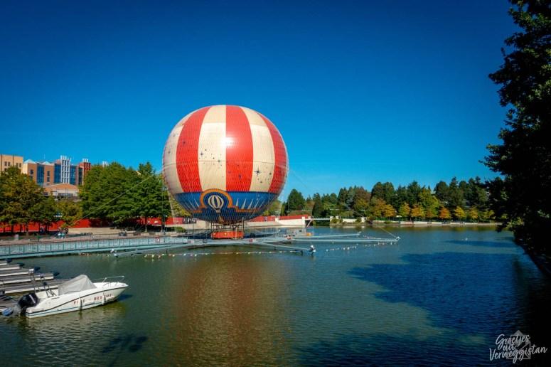 De luchtballon Panoramagique in Disney Village op Lake Disney