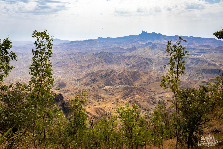Uitzicht over de bergen in nationaal park Serra Malagueta op Kaapverdië.