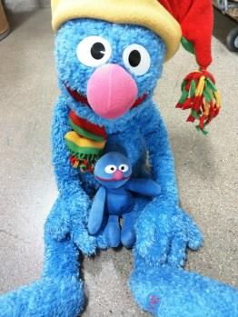 Nicias & Large Festive Grover