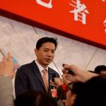 全人代に中国企業家揃い踏み:ポニー・マーとジャック・マーの行動の違いが面白い