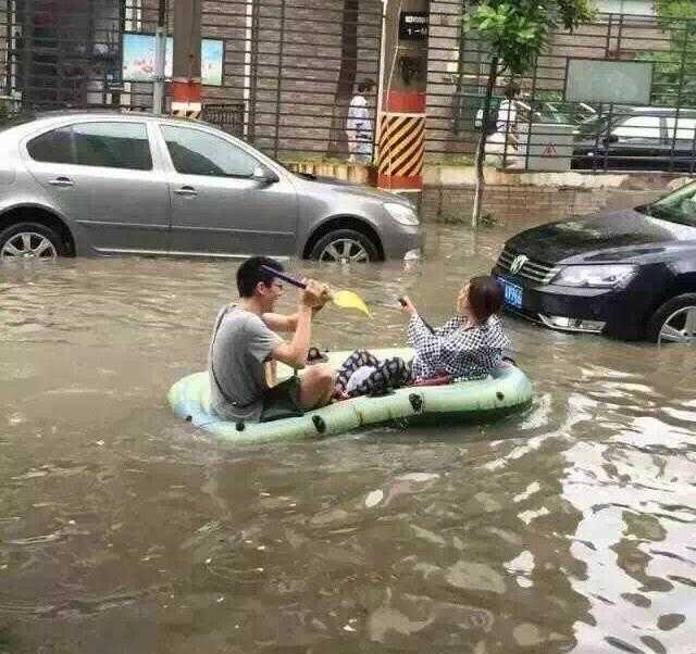 それでも楽しそうな上海市民