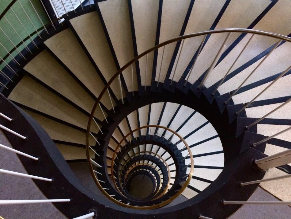 Kontorhaus1_Treppe.jpg
