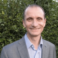 Performance Management Interview with Kevin Lyons, Senior HR Manager, Pearson - GroSum TopTalk