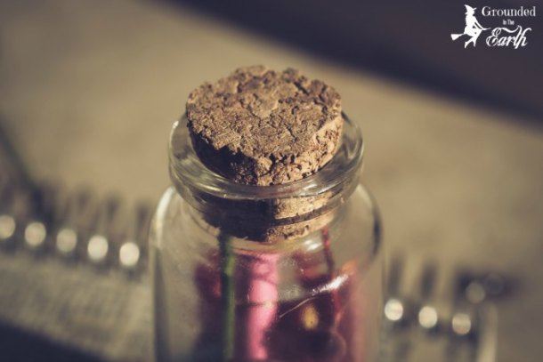 ENed glass jars for herb storage or spells? WE all do right? HEre is how to get free glass jars.