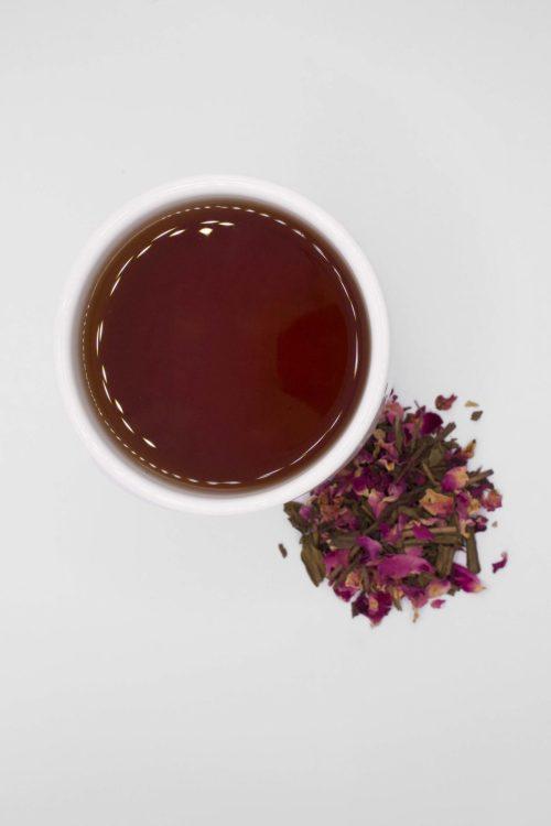 Mug of Hojicha Red Rose Tea