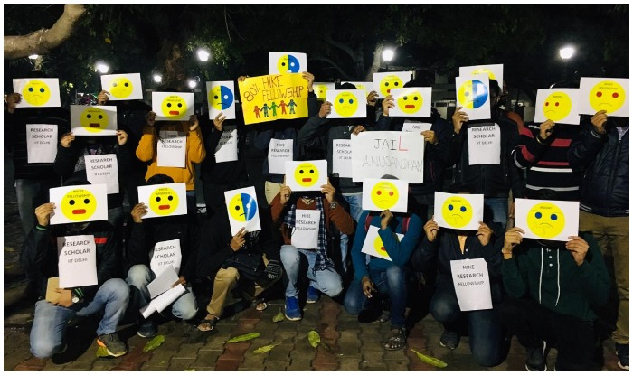 hike-fellowship-research-scholars-iit-new-delhi-emoji-mask-pm-modi-mhrd