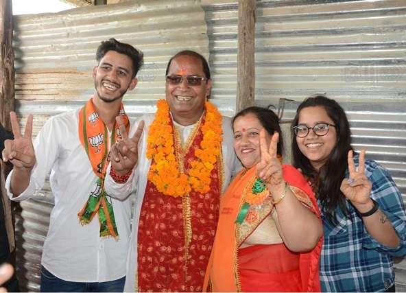 Uttar Pradesh Kanpur Govind nagar by Election 2019 BJP surendra naitahni congress karishama Thakur