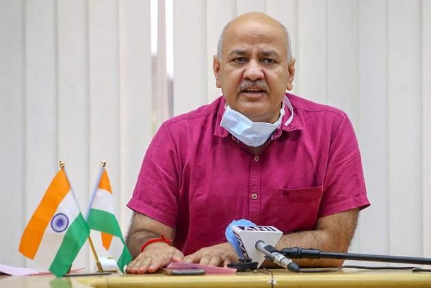 Delhi Deputy Chief Minister Manish Sisodia, Manish Sisodia, coronavirus, dengue, LNJP Hospital, max hospital,